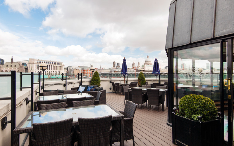 doggettscoatandbadge-terrace.jpg